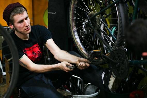 community bikes-40