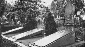Groby na bolesławieckim ewg. cmentarzu