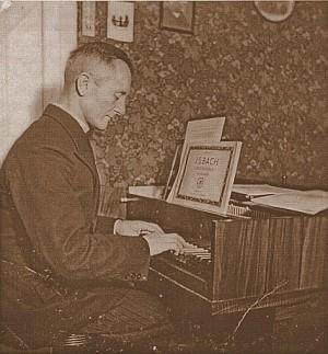 Ks. Paul Sauer