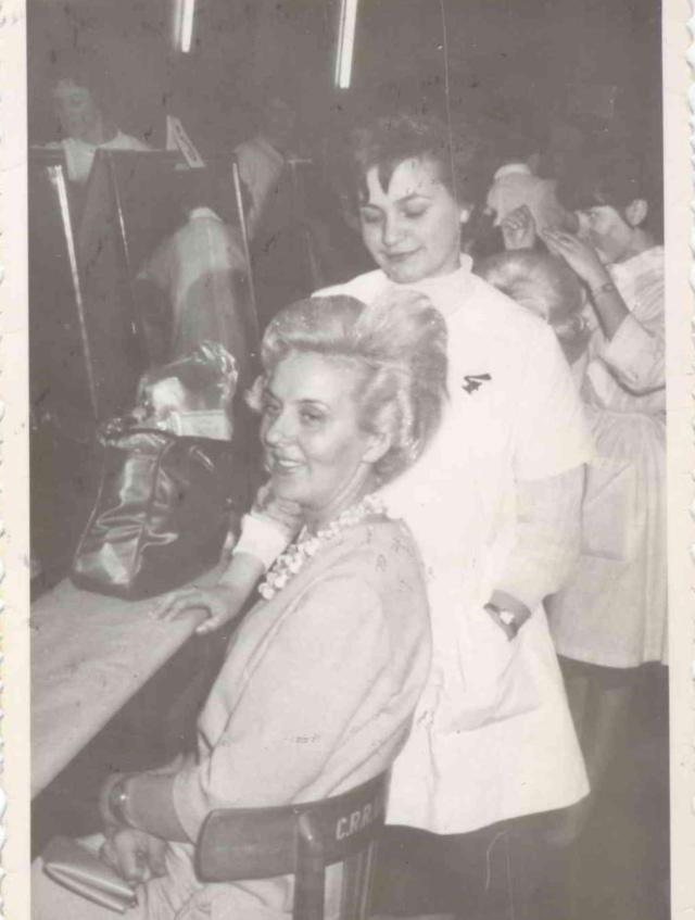 Barbara Łaba podczas konkursu fryzjerskiego