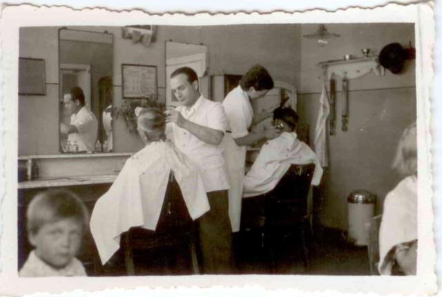 Jan Moryson w swoim zakładzie w Starym Kurowie
