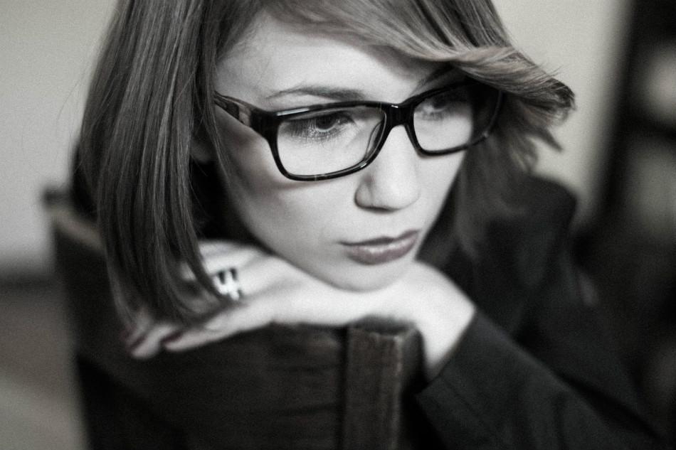 Celina Lampart - zdjęcie z sesji dla dystrybutora opraw okularowych