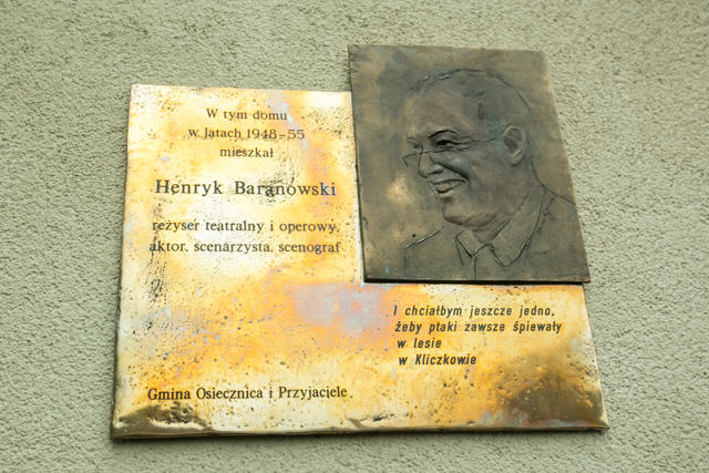 Tablica na domu Henryka Baranowskiego