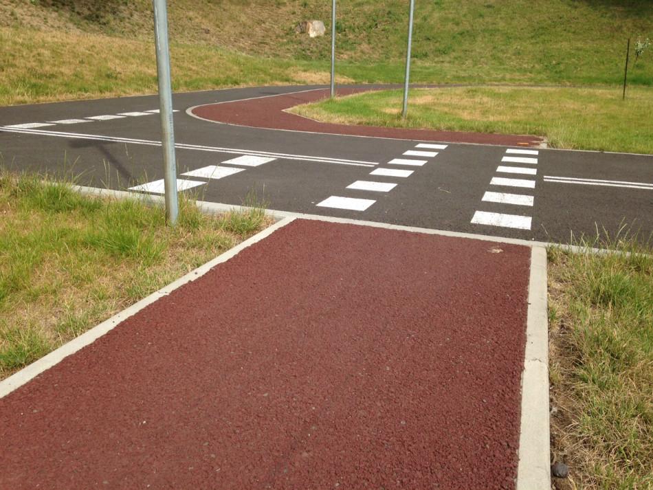 Jedyna porządna ścieżka rowerowa w Bolesławcu znajduje się na ternie miasteczka ruchu drogowego.